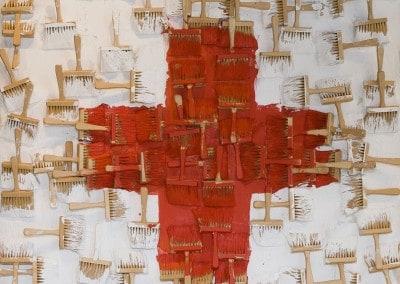 """Oeuvre offerte par ARMAN pour le Gala en 1990 """"Pour cette oeuvre en particulier, j'ai décidé de rester fidèle au symbole qui est très fort en soi ; la technique est celle qui me mobilisait à 1'époque, une expression peinte, dans laquelle l'outil de l'artiste reste présent avec chaque coup de brosse et sa trace."""""""