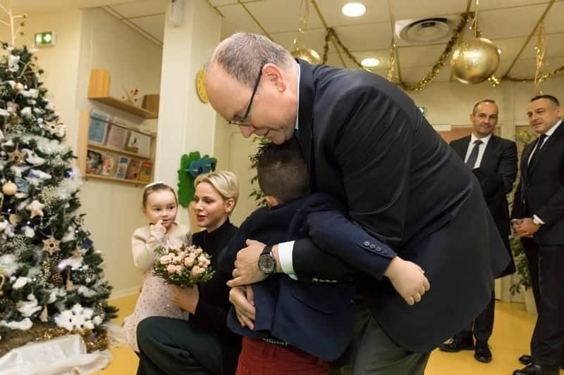 Croix Rouge Monégasque, Noël Crèche, Foyer et Siège