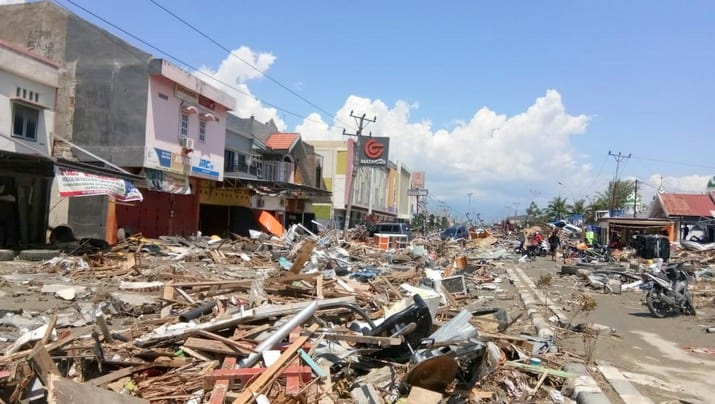 Earthquakes and tsunami in Indonesia: the Red Cross mobilised