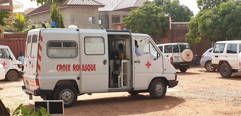 The Monaco Red Cross presents the Burkina Faso Red Cross with a fully equipped ambulance